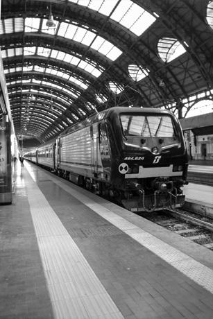viaggiare di notte - Milano 2013
